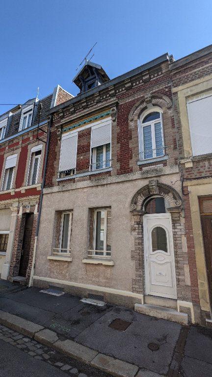 Maison à vendre 6 150m2 à Saint-Quentin vignette-1
