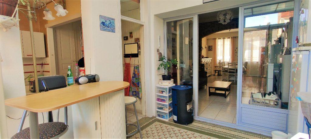 Maison à vendre 6 150m2 à Saint-Quentin vignette-6
