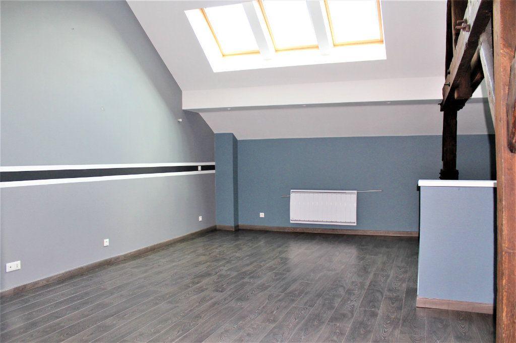 Appartement à louer 3 95m2 à Saint-Quentin vignette-2