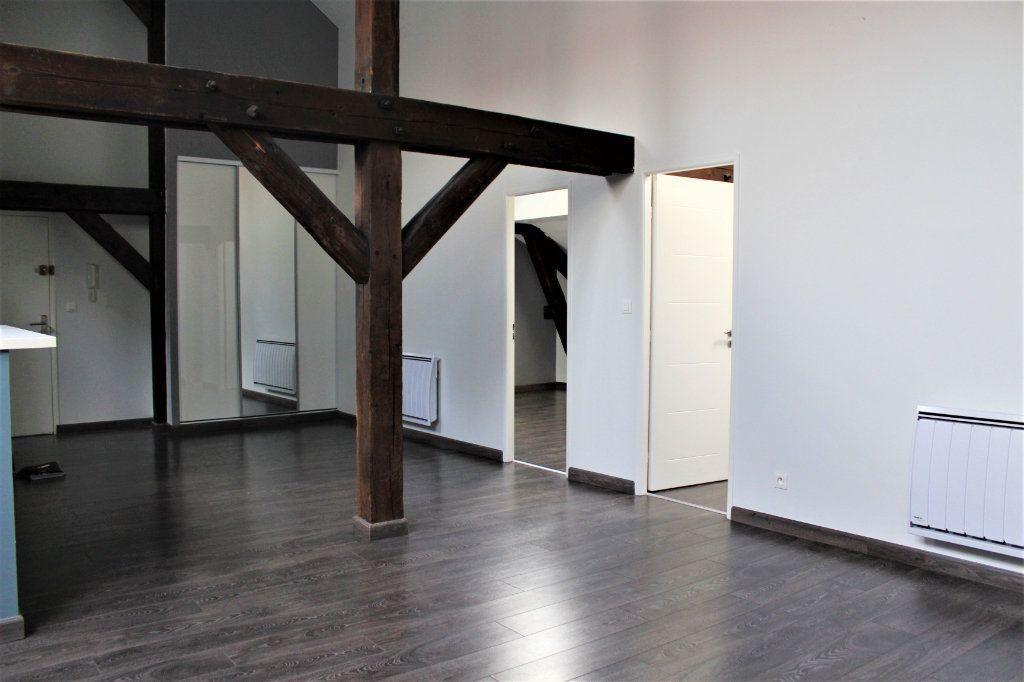 Appartement à louer 3 95m2 à Saint-Quentin vignette-5