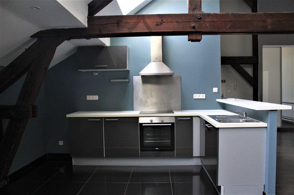Appartement à louer 3 95m2 à Saint-Quentin vignette-7