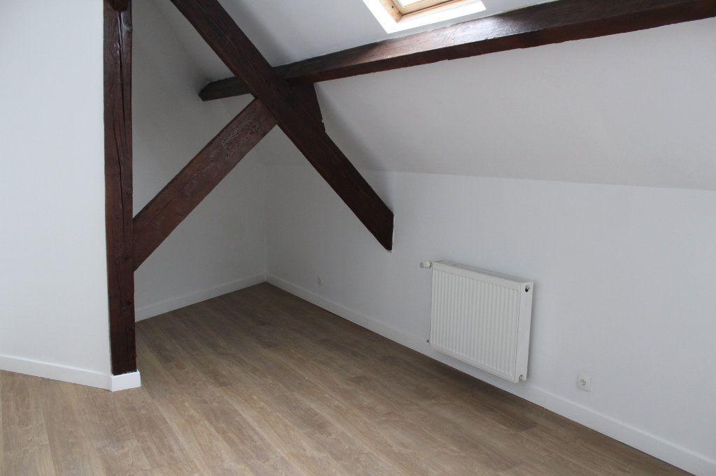 Maison à vendre 9 227.81m2 à Saint-Quentin vignette-11