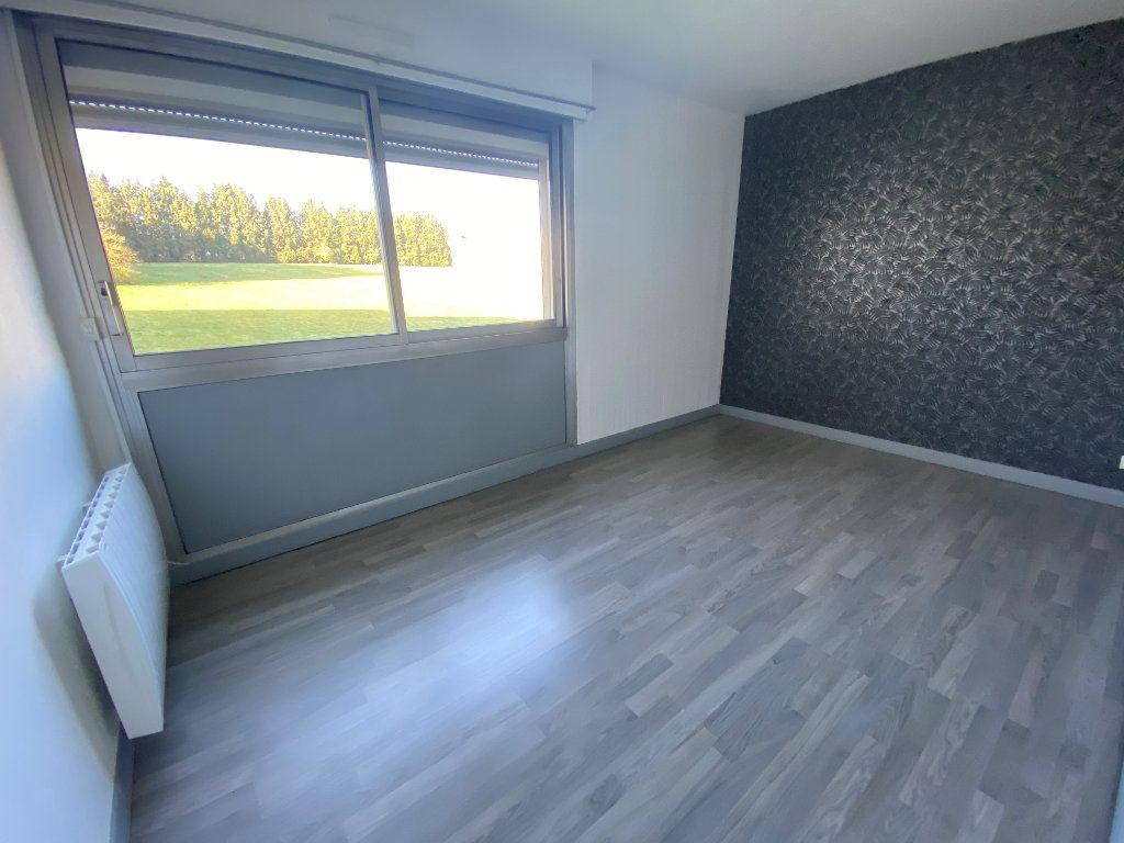 Appartement à louer 3 69m2 à Saint-Quentin vignette-4
