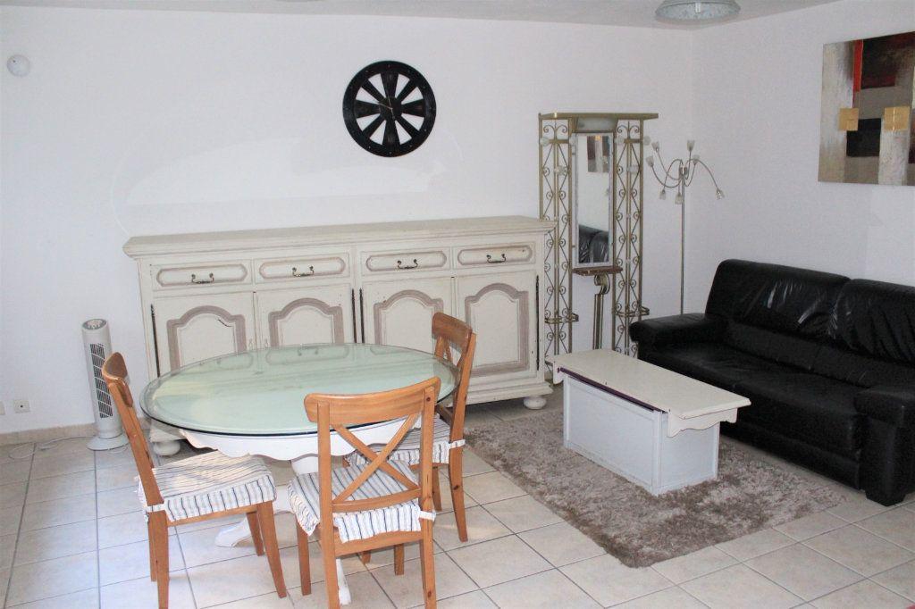 Appartement à vendre 1 36.89m2 à Saint-Quentin vignette-1