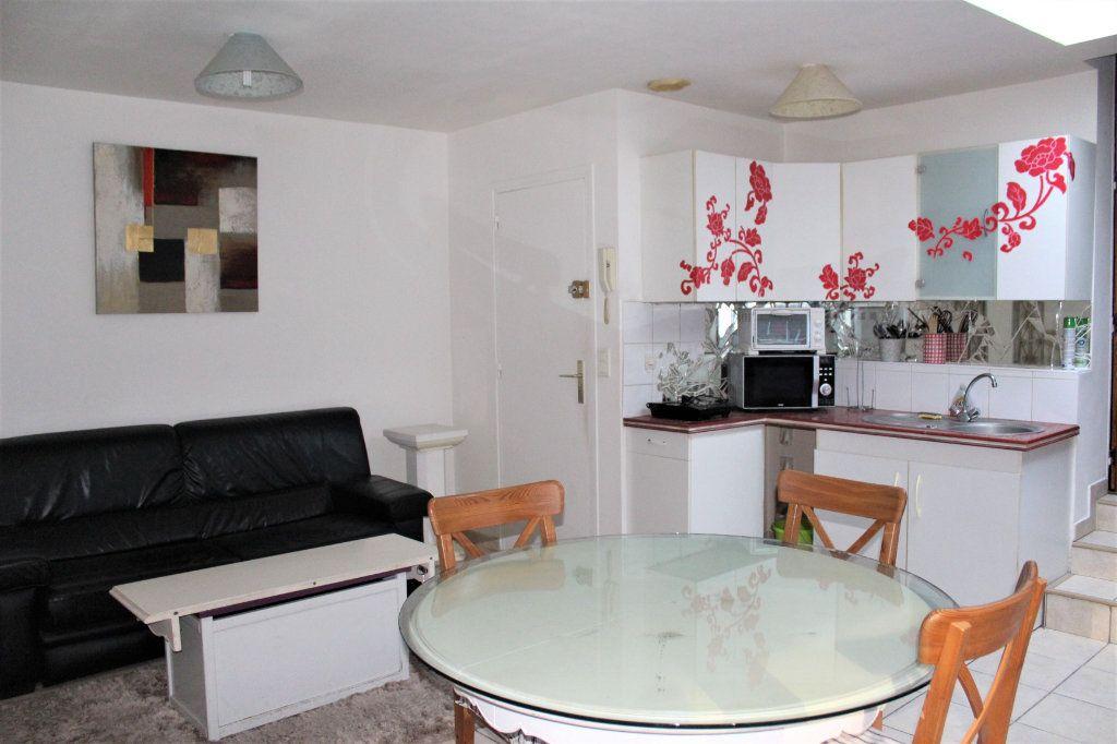 Appartement à vendre 1 36.89m2 à Saint-Quentin vignette-2