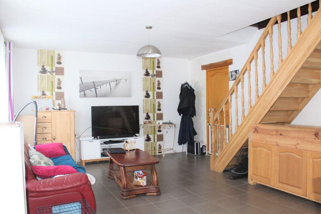 Maison à vendre 5 123m2 à Beaurevoir vignette-2