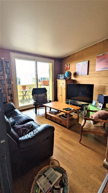 Appartement à vendre 5 90m2 à Saint-Quentin vignette-4