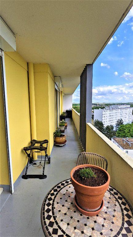 Appartement à vendre 5 90m2 à Saint-Quentin vignette-6