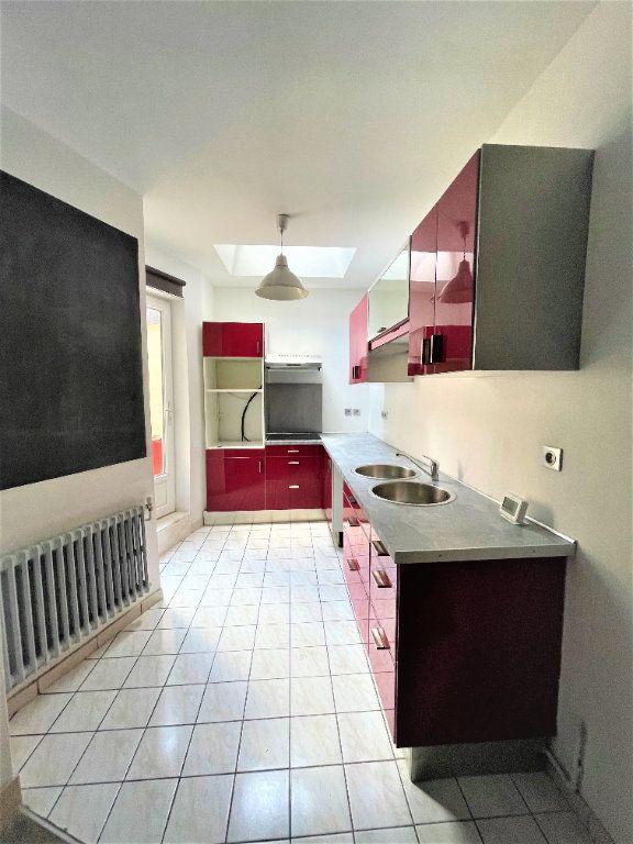 Maison à vendre 6 137m2 à Saint-Quentin vignette-4