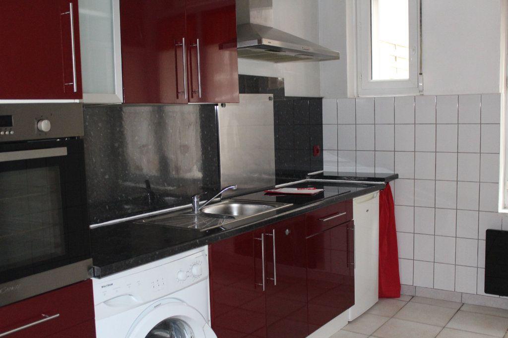 Appartement à louer 1 29.91m2 à Saint-Quentin vignette-2