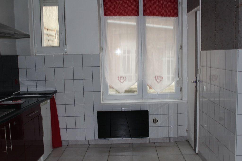 Appartement à louer 1 29.91m2 à Saint-Quentin vignette-3