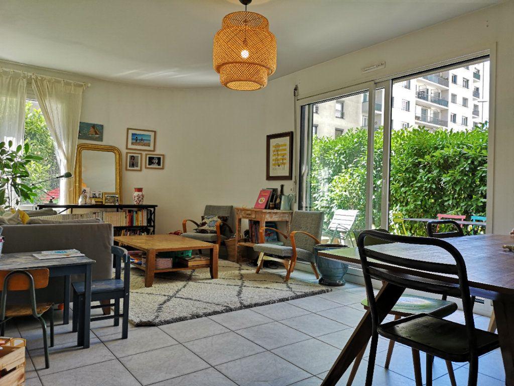 Appartement à vendre 4 89.91m2 à Lyon 4 vignette-1