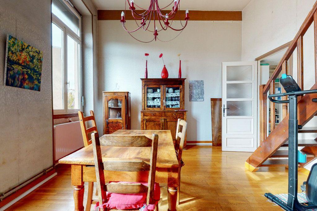 Appartement à vendre 2 47.1m2 à Lyon 1 vignette-2
