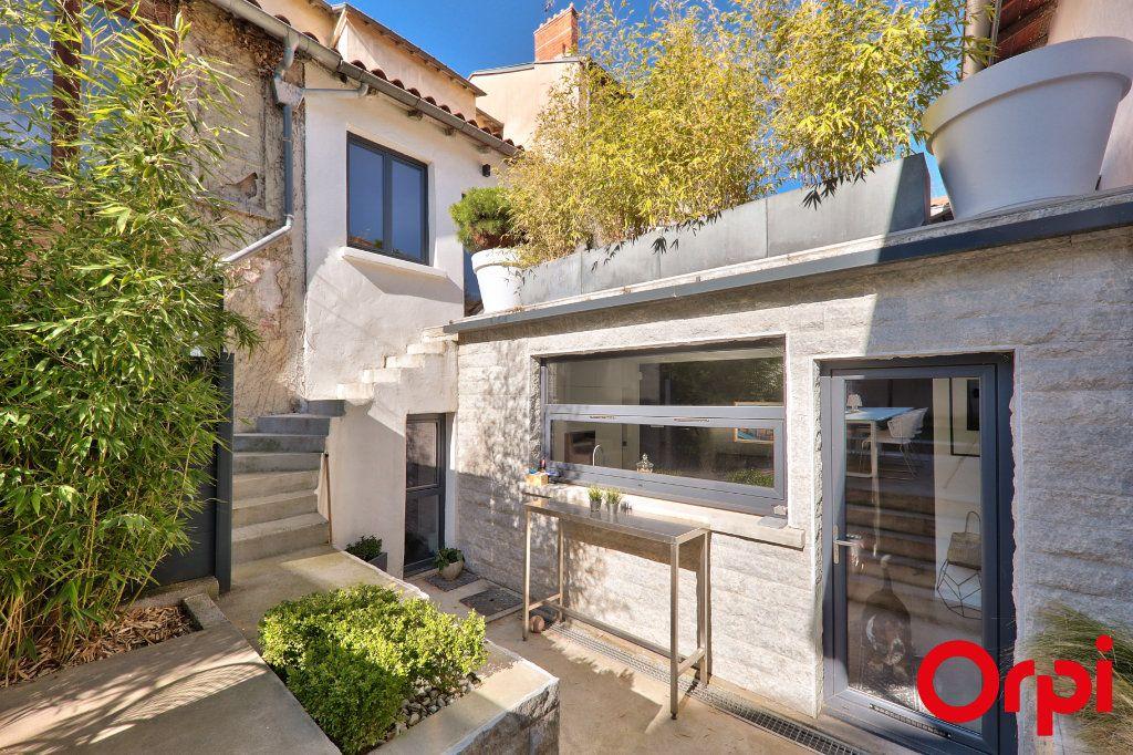 Maison à vendre 4 110m2 à Lyon 5 vignette-1