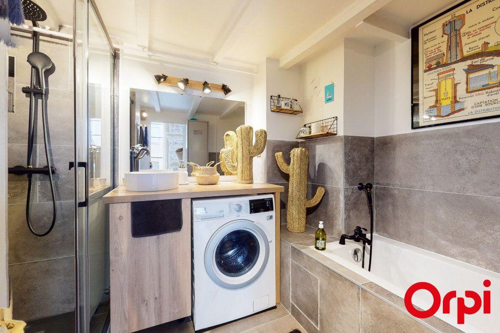 Appartement à vendre 5 104m2 à Lyon 4 vignette-7