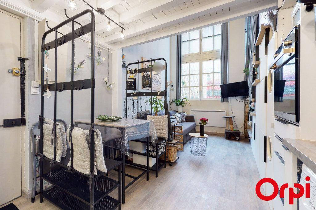 Appartement à vendre 2 32.73m2 à Lyon 4 vignette-2