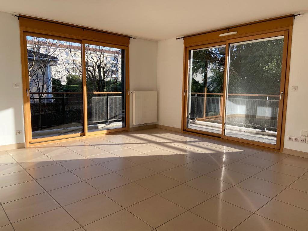 Appartement à vendre 3 76.58m2 à Lyon 5 vignette-3