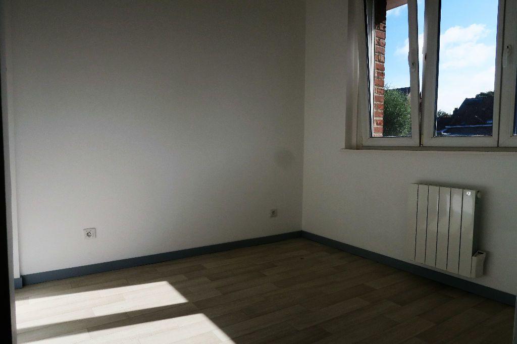 Appartement à louer 2 28.88m2 à Quesnoy-sur-Deûle vignette-2