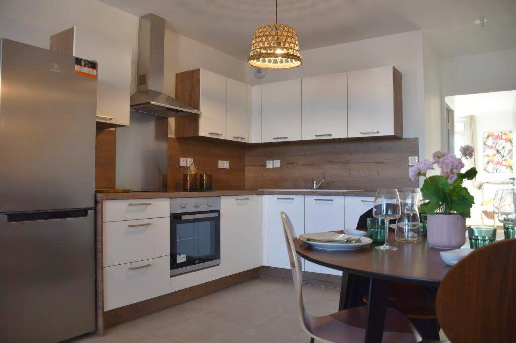 Appartement à vendre 4 76.98m2 à Villeurbanne vignette-3