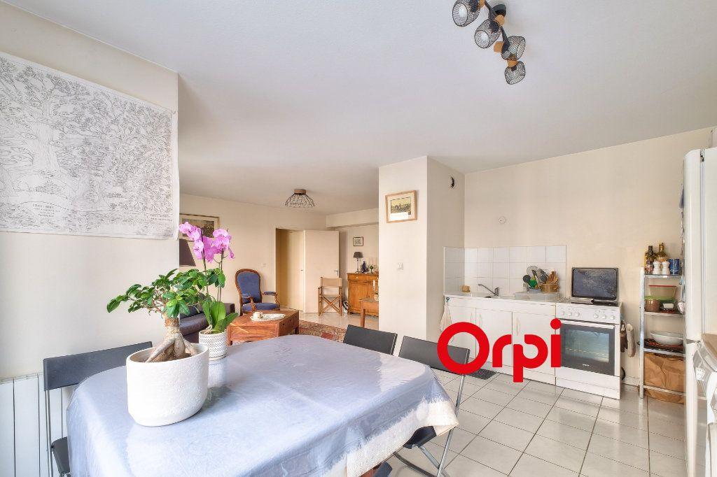 Appartement à vendre 2 54m2 à Lyon 2 vignette-4