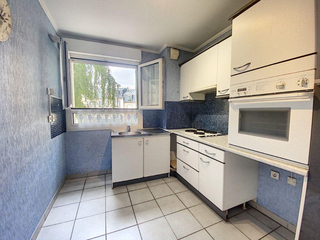 Appartement à louer 2 47.05m2 à Orsay vignette-3