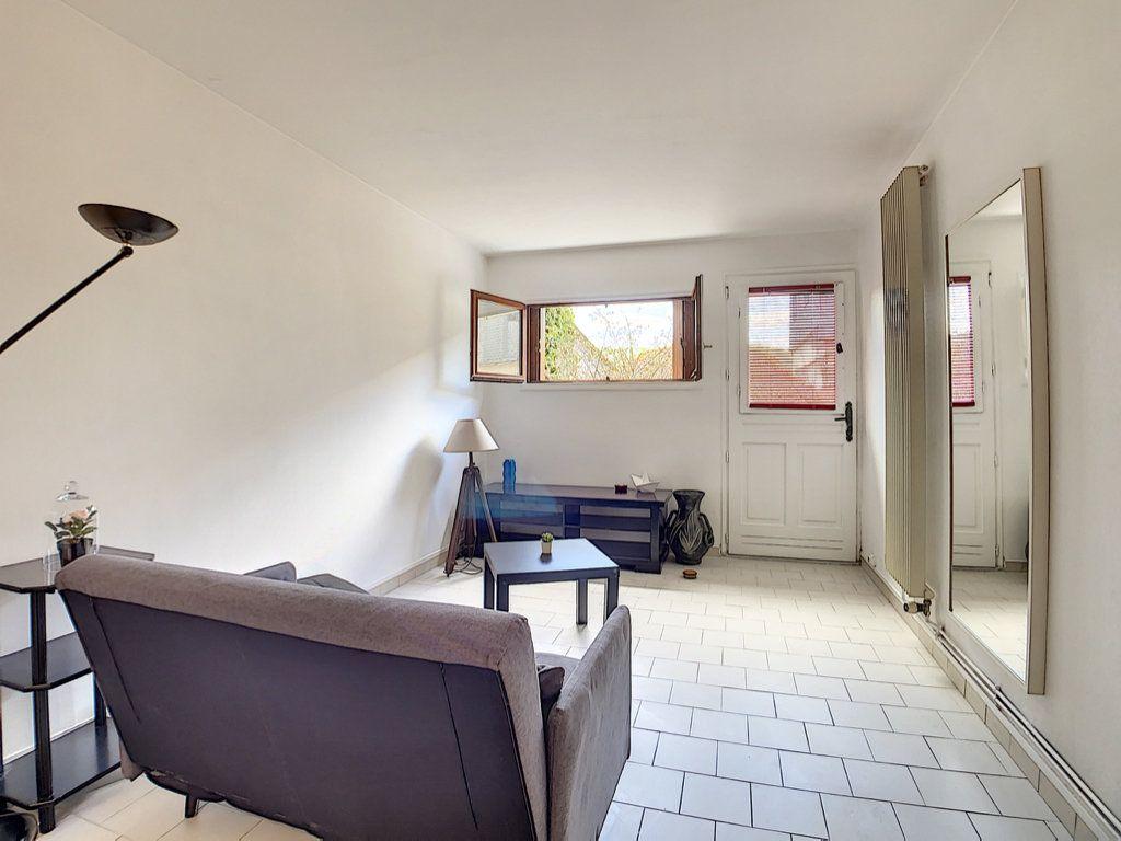 Appartement à louer 2 43.22m2 à Orsay vignette-1