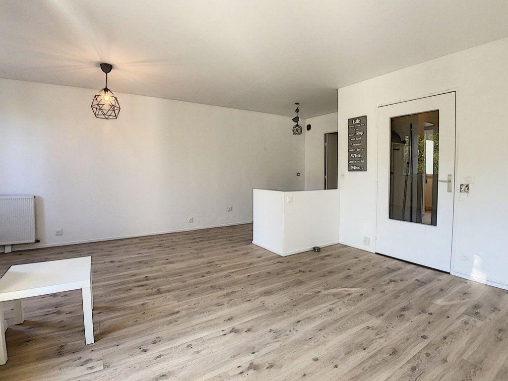 Appartement à louer 2 48.8m2 à Palaiseau vignette-3
