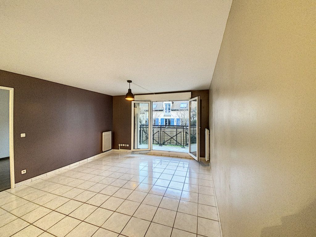 Appartement à louer 2 43.74m2 à Villebon-sur-Yvette vignette-3