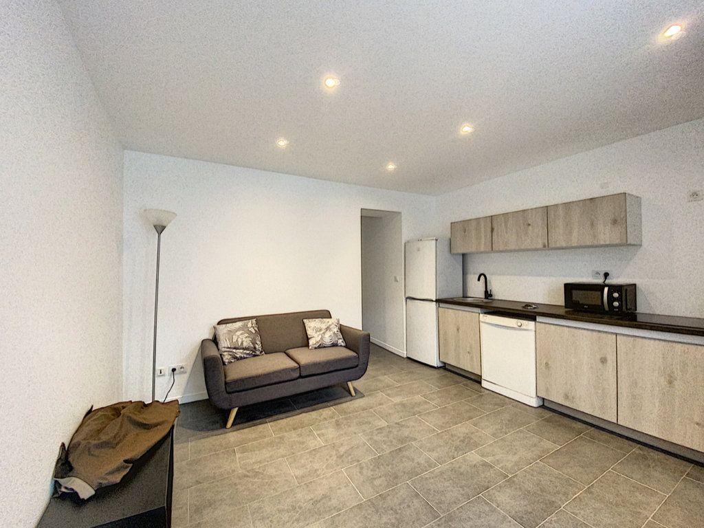 Appartement à louer 2 38m2 à Orsay vignette-2