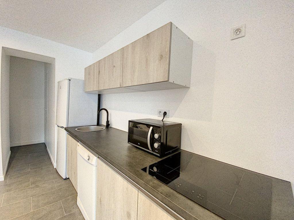 Appartement à louer 2 38m2 à Orsay vignette-3