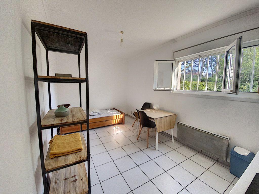 Appartement à louer 1 19.58m2 à Orsay vignette-1