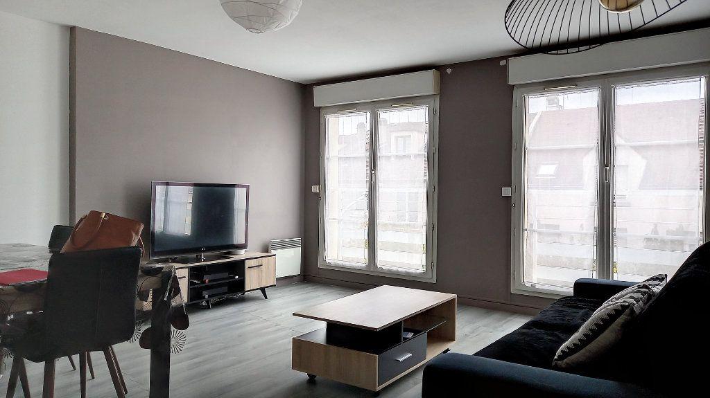 Appartement à louer 3 66.6m2 à Arpajon vignette-2
