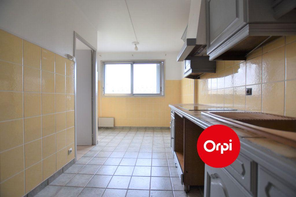Appartement à louer 3 71m2 à Saint-Priest vignette-4