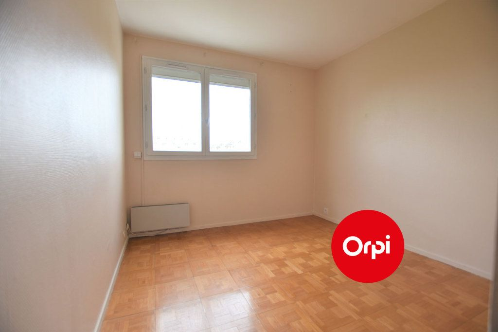 Appartement à louer 3 71m2 à Saint-Priest vignette-7