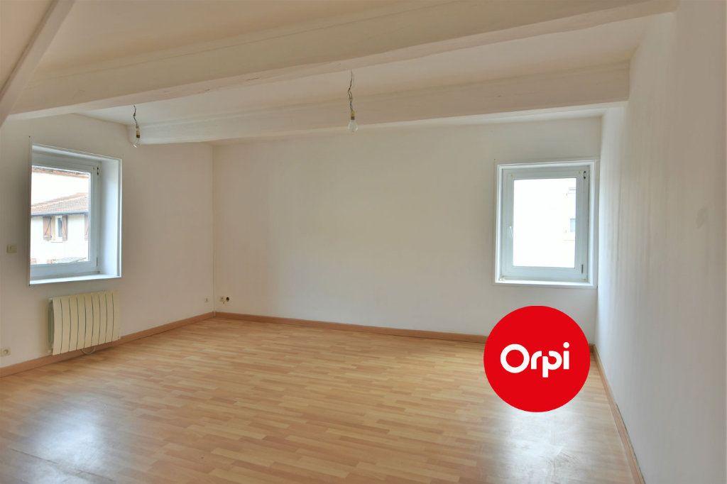 Immeuble à vendre 0 138m2 à Luzinay vignette-7