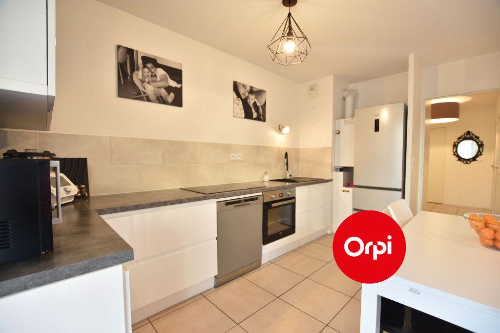 Appartement à vendre 3 58.54m2 à Saint-Priest vignette-11