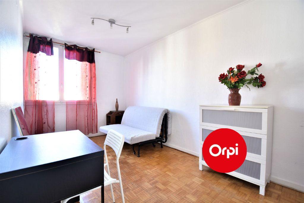 Appartement à louer 4 70m2 à Saint-Priest vignette-6