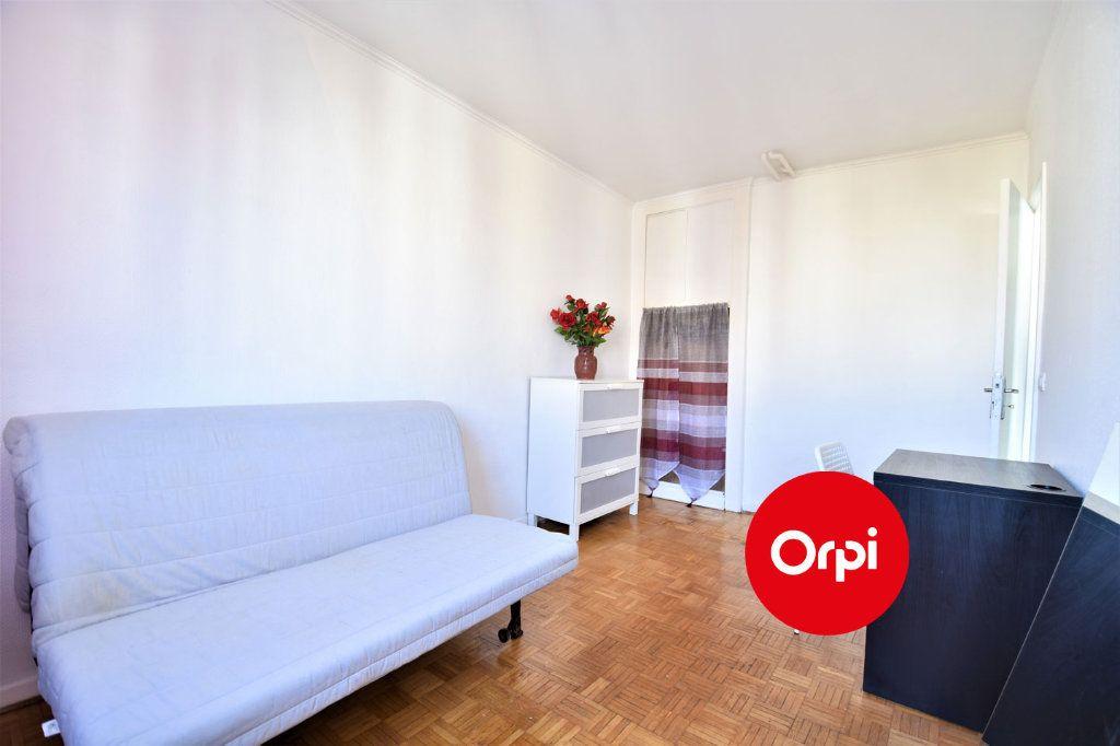 Appartement à louer 4 70m2 à Saint-Priest vignette-7