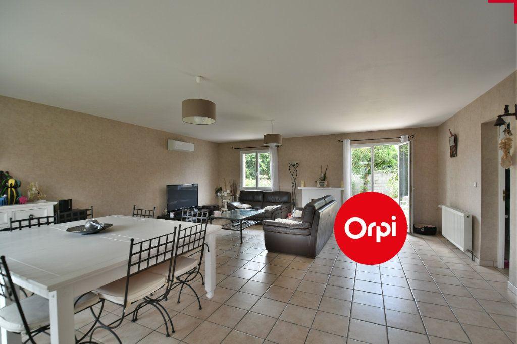 Maison à vendre 6 140m2 à Saint-Pierre-de-Chandieu vignette-2