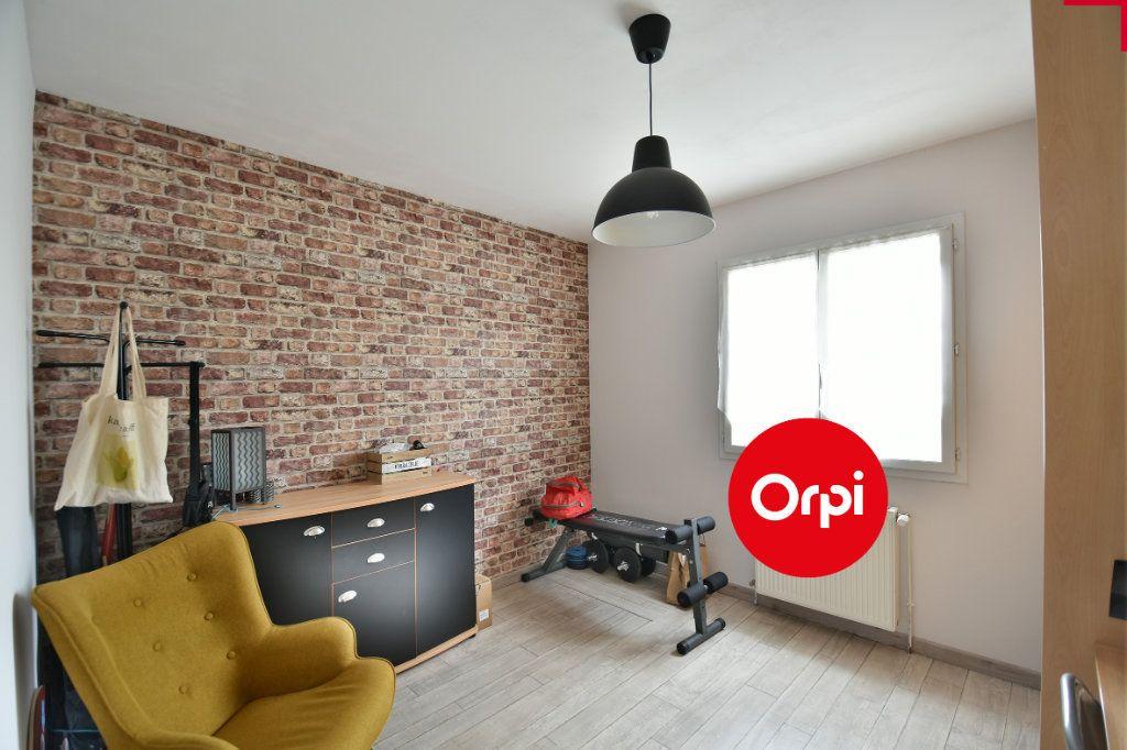 Maison à vendre 6 140m2 à Saint-Pierre-de-Chandieu vignette-6