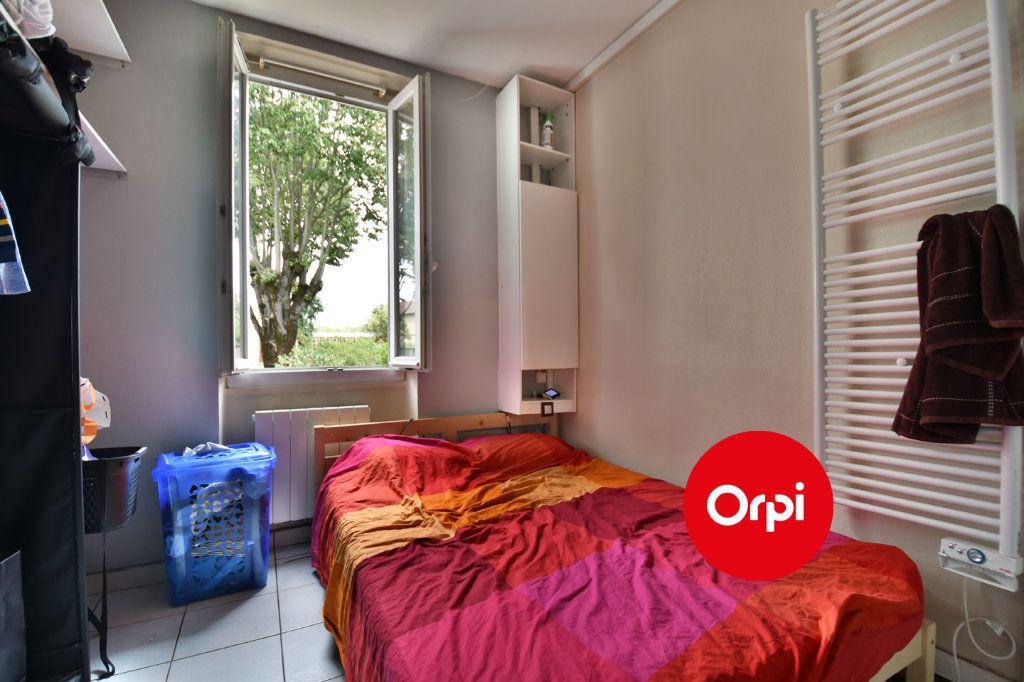 Appartement à vendre 2 27m2 à Saint-Priest vignette-4