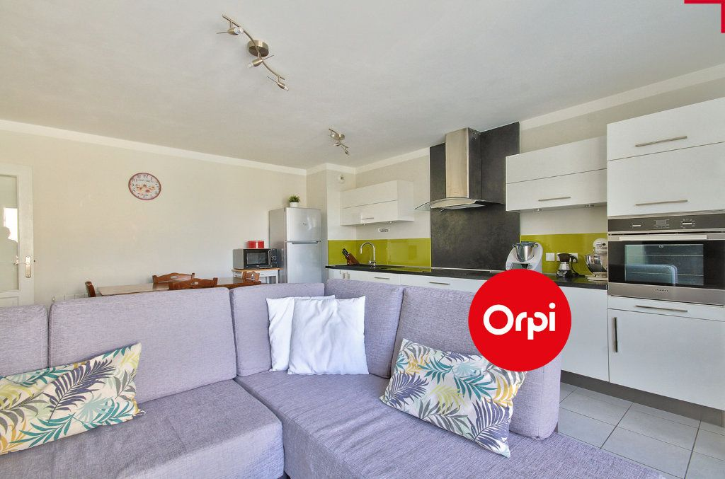 Appartement à vendre 4 79m2 à Saint-Priest vignette-3
