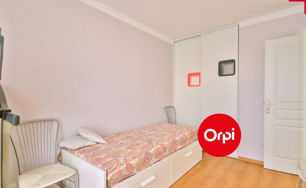 Appartement à vendre 4 79m2 à Saint-Priest vignette-7