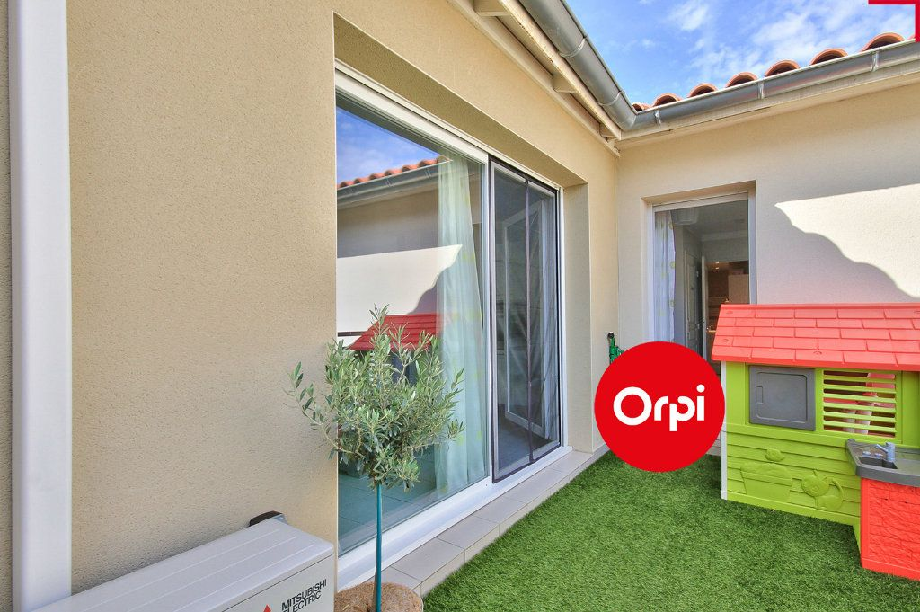 Appartement à vendre 4 79m2 à Saint-Priest vignette-8