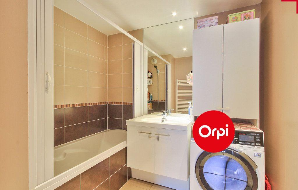 Appartement à vendre 4 79m2 à Saint-Priest vignette-12