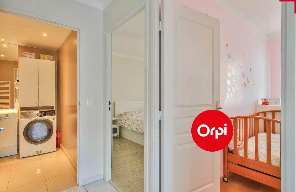Appartement à vendre 4 79m2 à Saint-Priest vignette-13