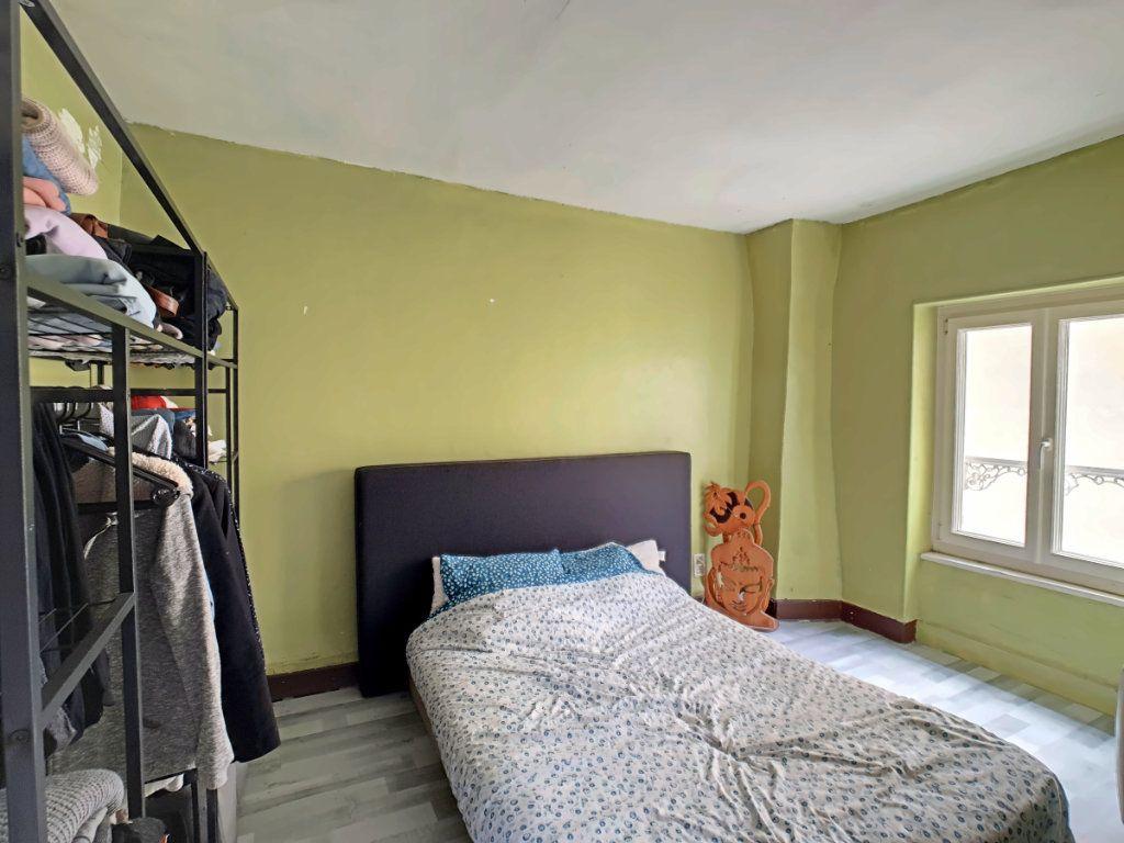 Appartement à vendre 2 51.8m2 à Riom vignette-5