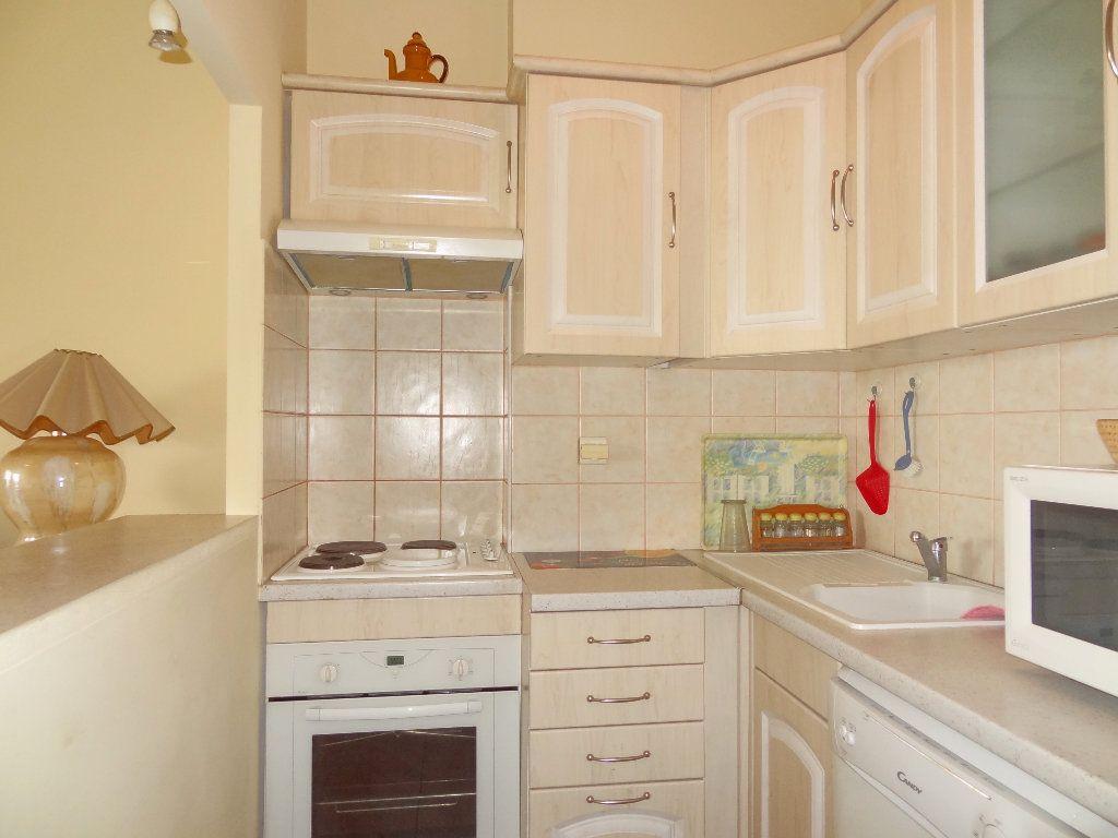 Appartement à vendre 3 65m2 à Menton vignette-5