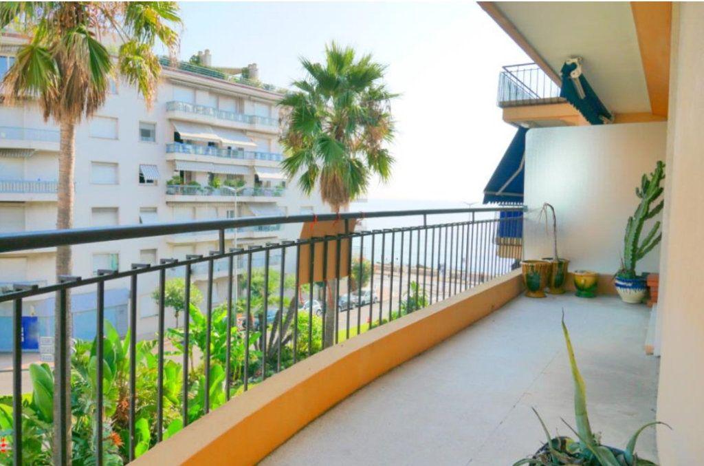 Appartement à vendre 2 51.29m2 à Roquebrune-Cap-Martin vignette-1