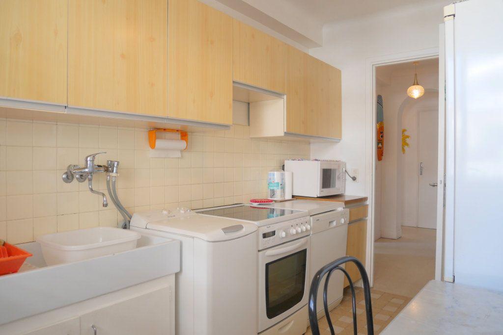Appartement à vendre 2 51.29m2 à Roquebrune-Cap-Martin vignette-5